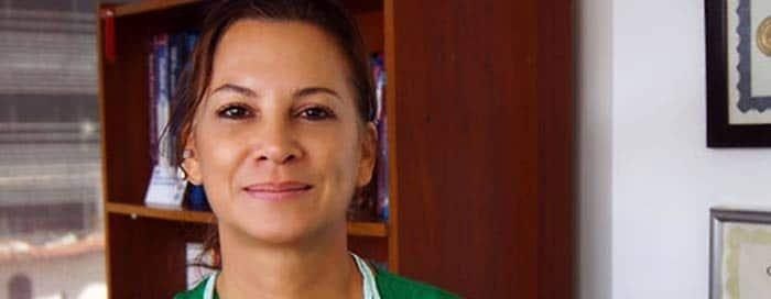 doctora carolina lucena medicina antienvecimiento bogota colombia